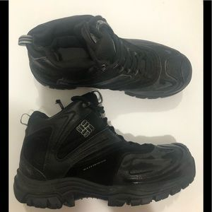 COLUMBIA sneaker boot 🥾 size 9